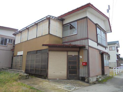 小田島町貸家